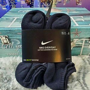 Nike Everyday Cotton Cushioned no show socks